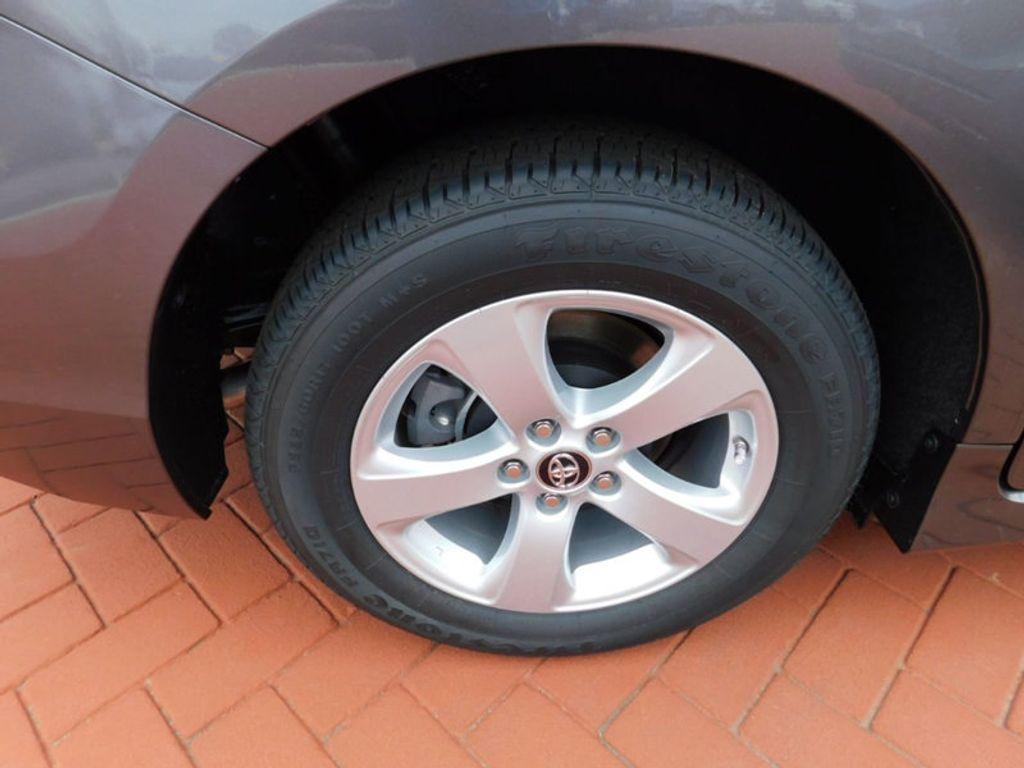 2018 Toyota Sienna LE FWD 8-Passenger - 17123094 - 7