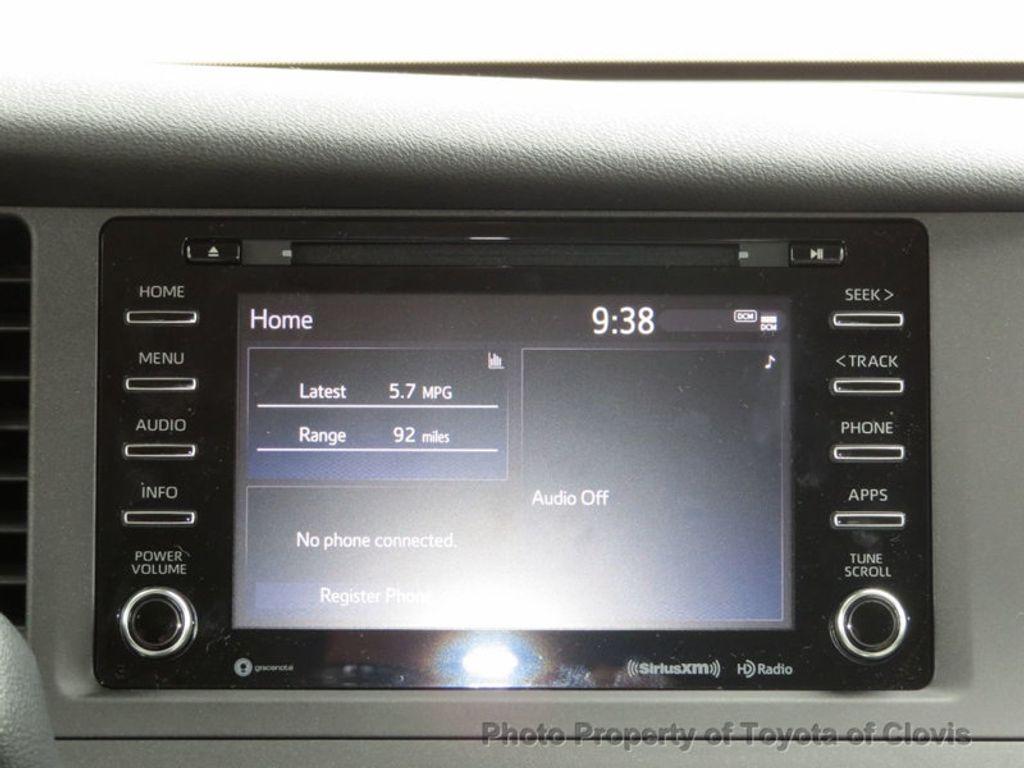 2018 Toyota Sienna LE FWD 8-Passenger - 17308715 - 12