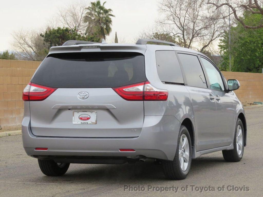 2018 Toyota Sienna LE FWD 8-Passenger - 17308715 - 2