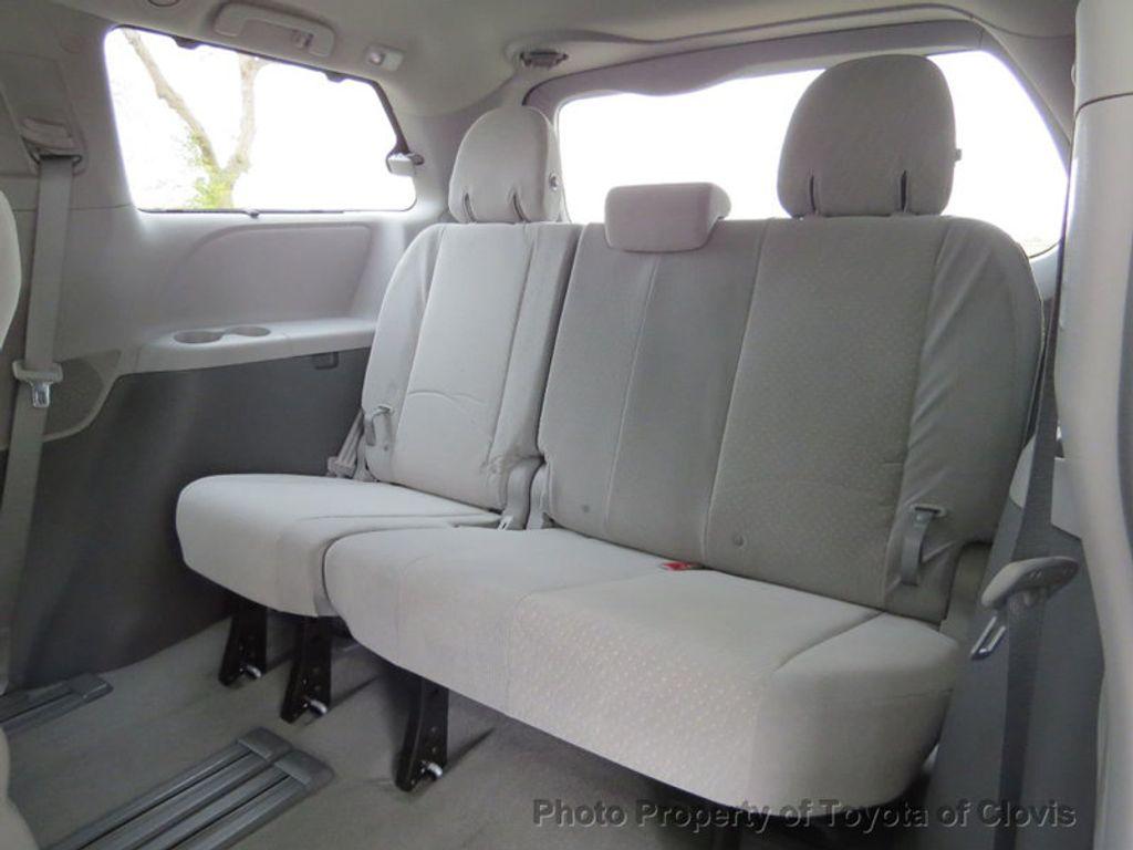 2018 Toyota Sienna LE FWD 8-Passenger - 17308715 - 6