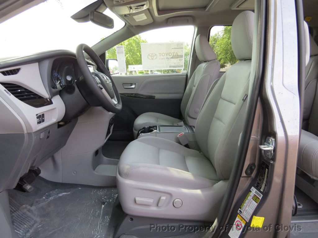 Toyota Sienna Service Manual: Seat