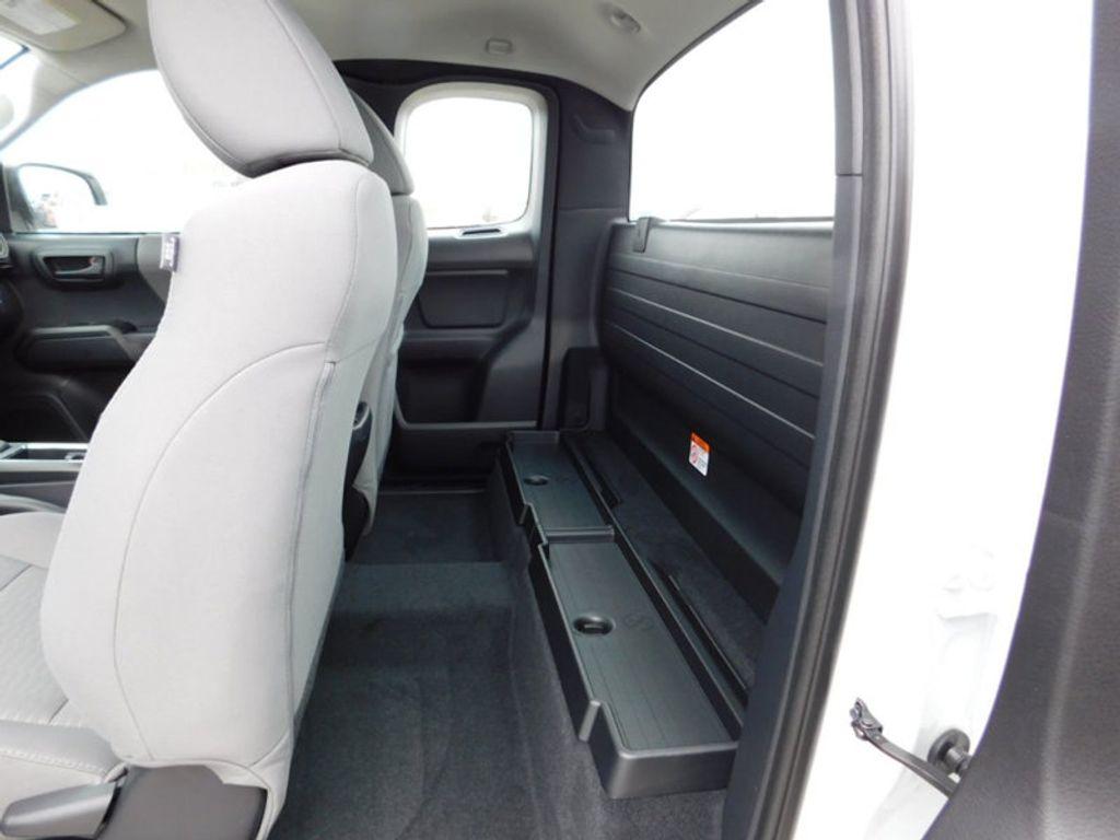 2018 Toyota Tacoma SR Access Cab 6' Bed I4 4x4 Automatic - 17400193 - 10