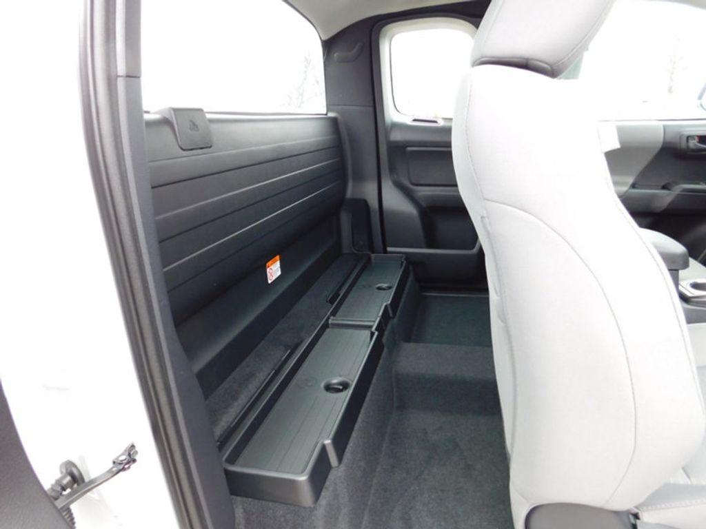 2018 Toyota Tacoma SR Access Cab 6' Bed I4 4x4 Automatic - 17400193 - 8