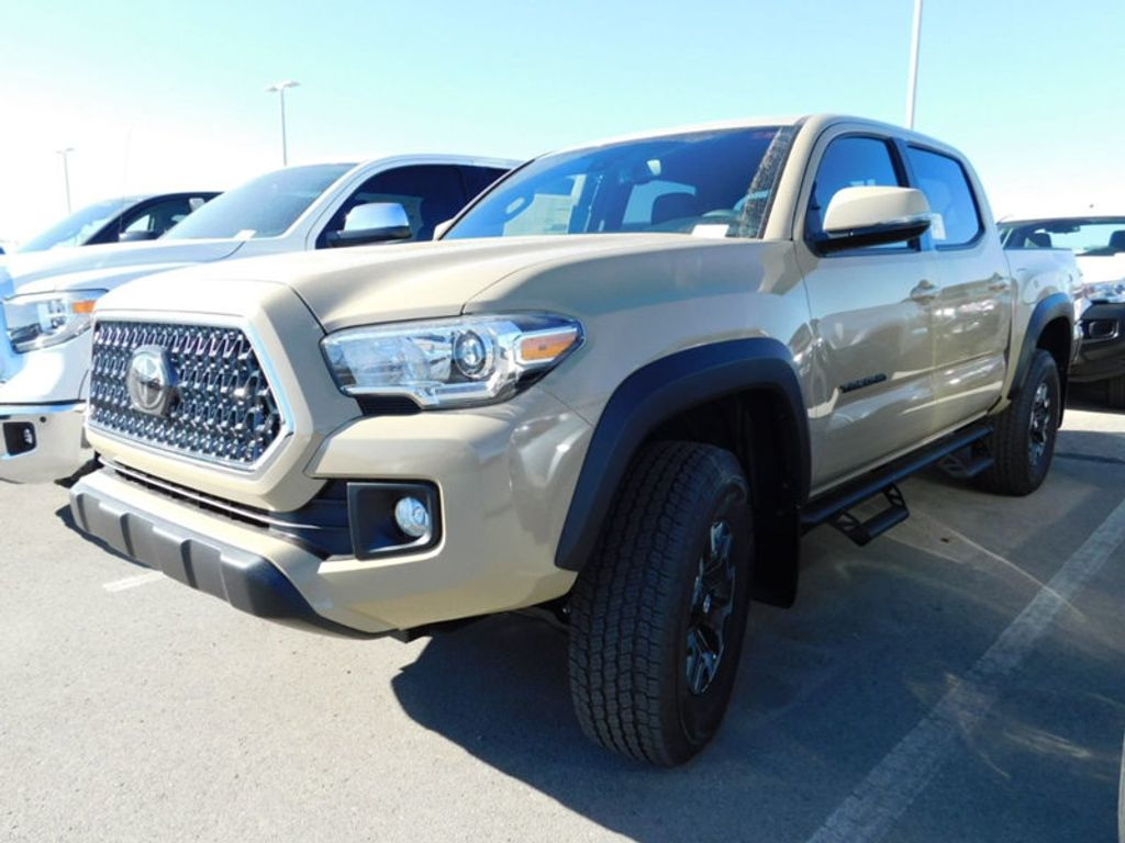 2018 Toyota Tacoma TRD Off Road Double Cab 5' Bed V6 4x4 Automatic - 17254484 - 1