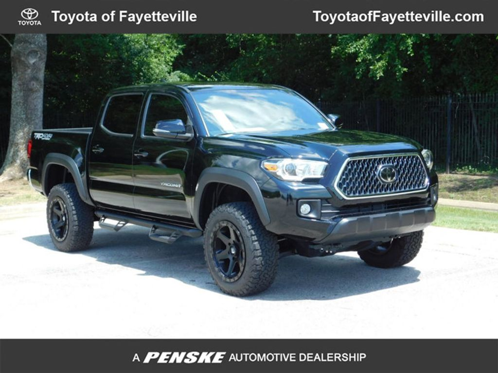 2018 Toyota Tacoma TRD Off Road Double Cab 5' Bed V6 4x4 Automatic - 17524500 - 0