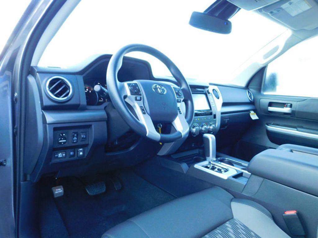2018 Toyota Tundra 2WD SR5 CrewMax 5.5' Bed 5.7L - 16765789 - 15