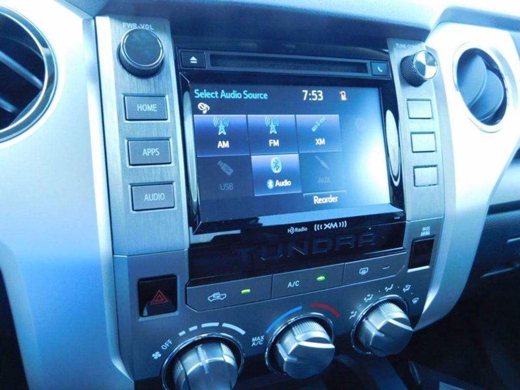 2018 Toyota Tundra 2WD SR5 CrewMax 5.5' Bed 5.7L - 16765789 - 18