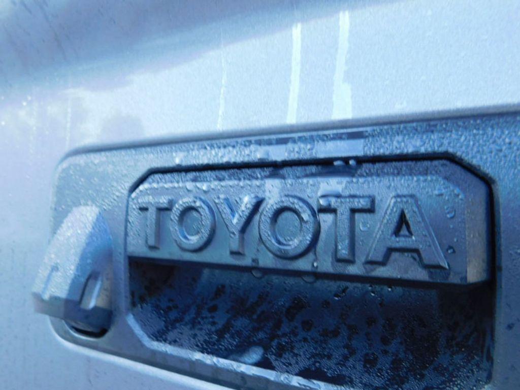 2018 Toyota Tundra 2WD SR5 CrewMax 5.5' Bed 5.7L - 16765789 - 3