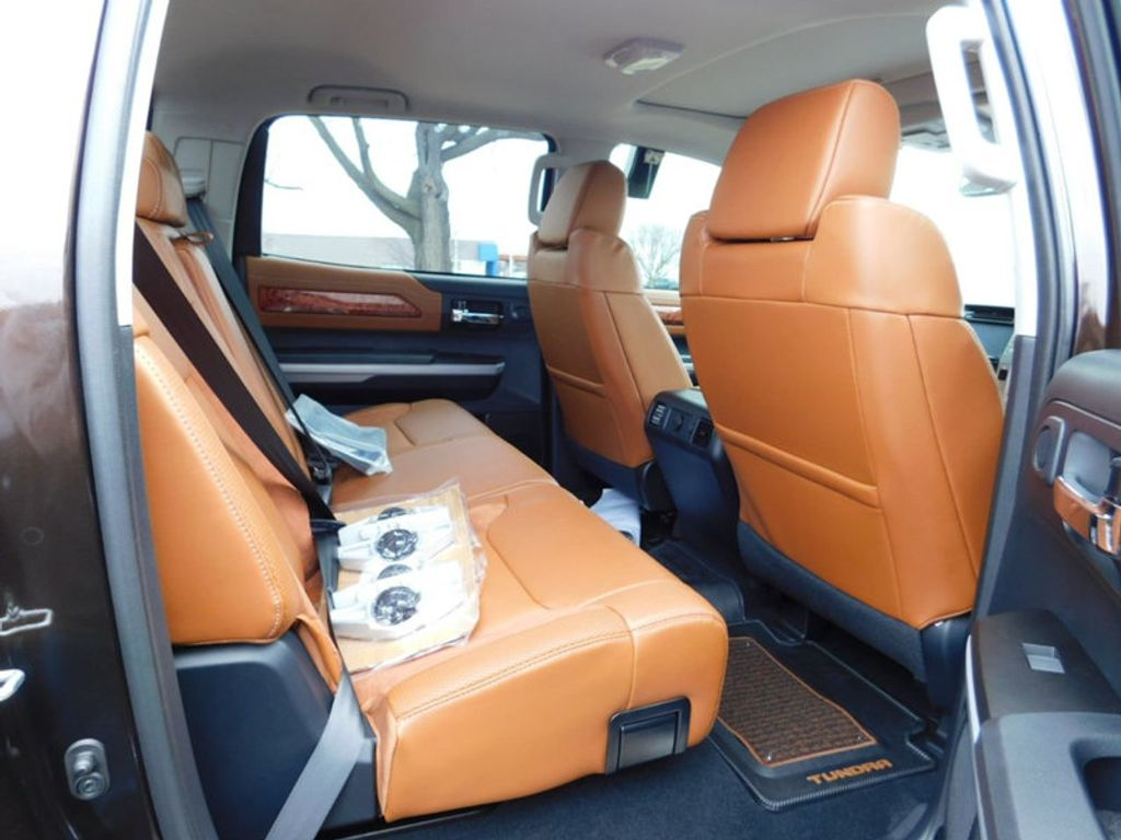2018 Toyota Tundra 4WD 1794 Edition CrewMax 5.5' Bed 5.7L FFV - 17171659 - 9