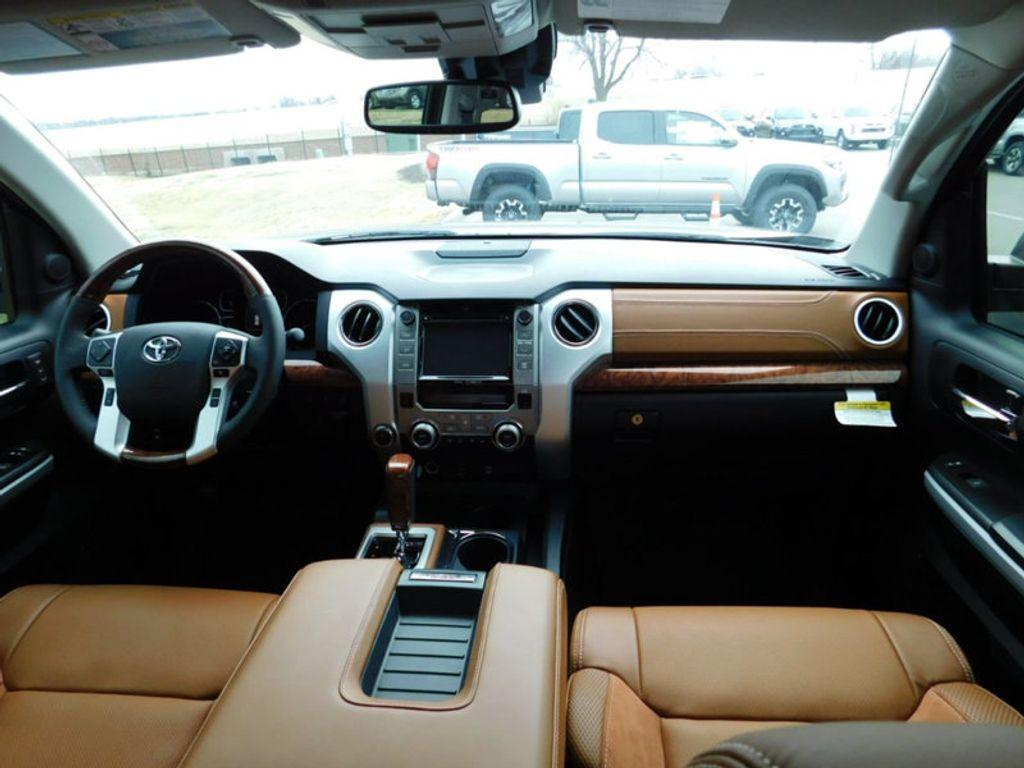2018 Toyota Tundra 4WD 1794 Edition CrewMax 5.5' Bed 5.7L FFV - 17171659 - 10