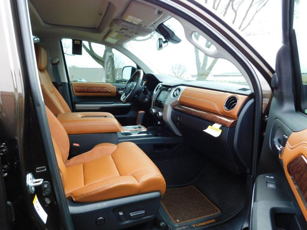 2018 Toyota Tundra 4WD 1794 Edition CrewMax 5.5' Bed 5.7L FFV - 17171659 - 8
