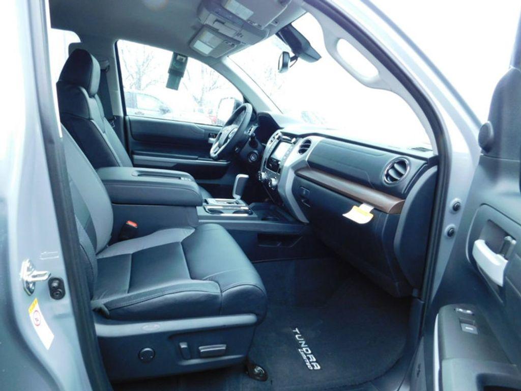 2018 Toyota Tundra 4WD Limited CrewMax 5.5' Bed 5.7L FFV - 17314382 - 10