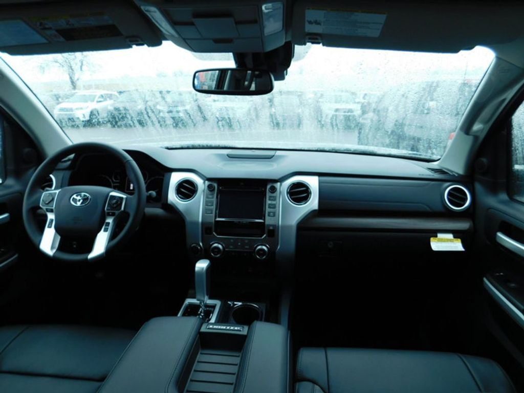 2018 Toyota Tundra 4WD Limited CrewMax 5.5' Bed 5.7L FFV - 17314382 - 12