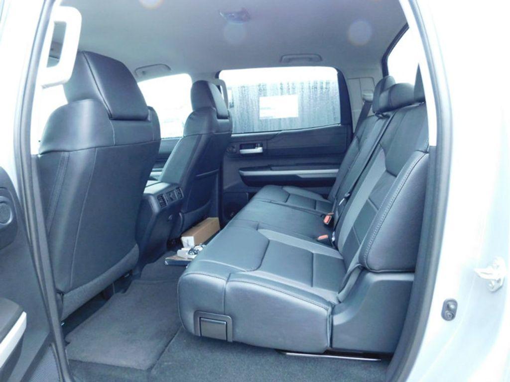 2018 Toyota Tundra 4WD Limited CrewMax 5.5' Bed 5.7L FFV - 17314382 - 13