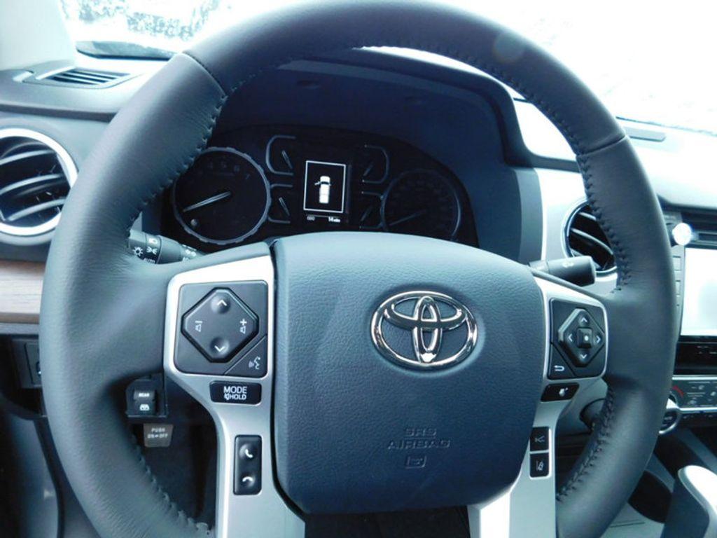 2018 Toyota Tundra 4WD Limited CrewMax 5.5' Bed 5.7L FFV - 17314382 - 16