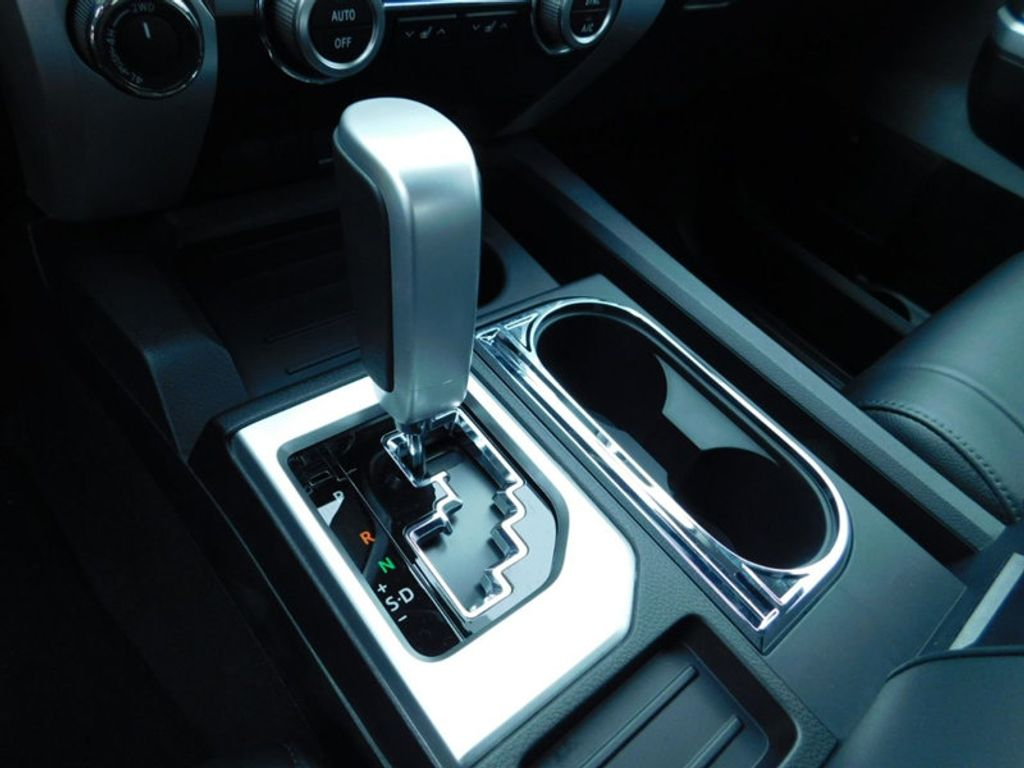 2018 Toyota Tundra 4WD Limited CrewMax 5.5' Bed 5.7L FFV - 17314382 - 20