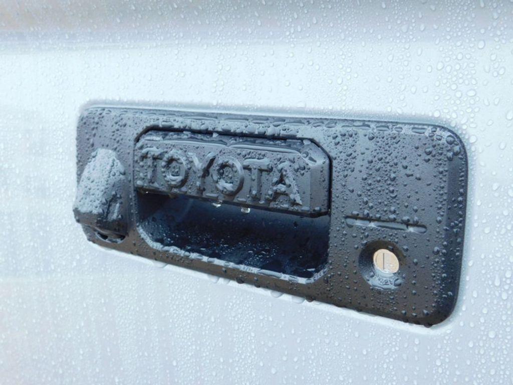 2018 Toyota Tundra 4WD Limited CrewMax 5.5' Bed 5.7L FFV - 17314382 - 3