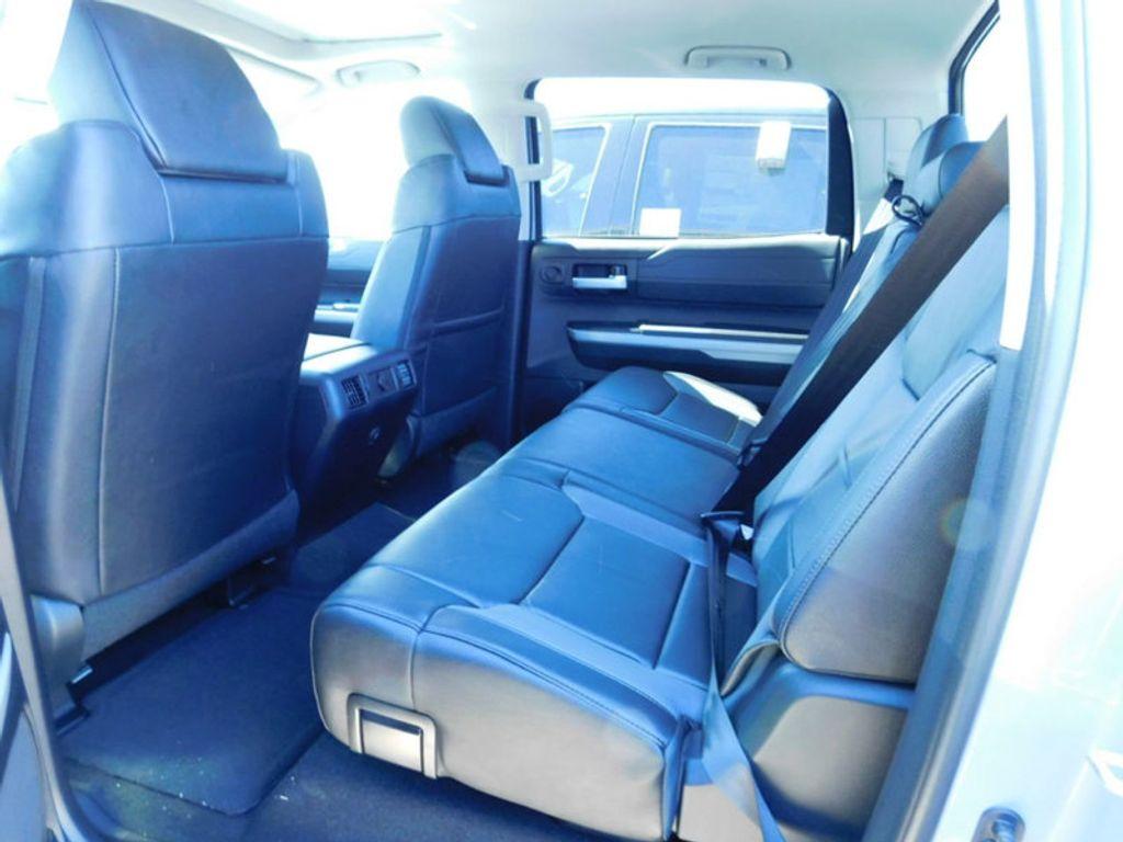 2018 Toyota Tundra 4WD Limited CrewMax 5.5' Bed 5.7L FFV - 17377599 - 13