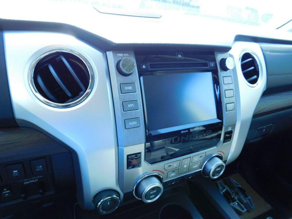 2018 Toyota Tundra 4WD Limited CrewMax 5.5' Bed 5.7L FFV - 17377599 - 20