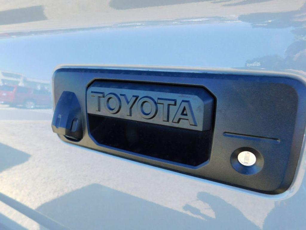 2018 Toyota Tundra 4WD Limited CrewMax 5.5' Bed 5.7L FFV - 17377599 - 3