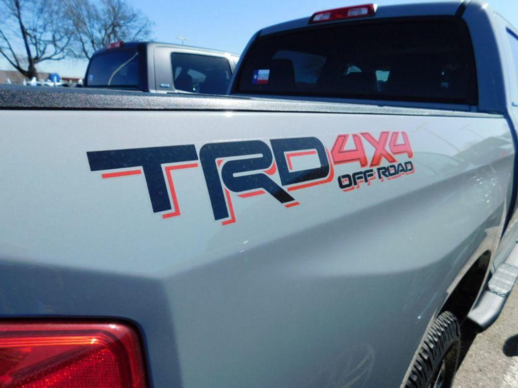 2018 Toyota Tundra 4WD Limited CrewMax 5.5' Bed 5.7L FFV - 17377599 - 5