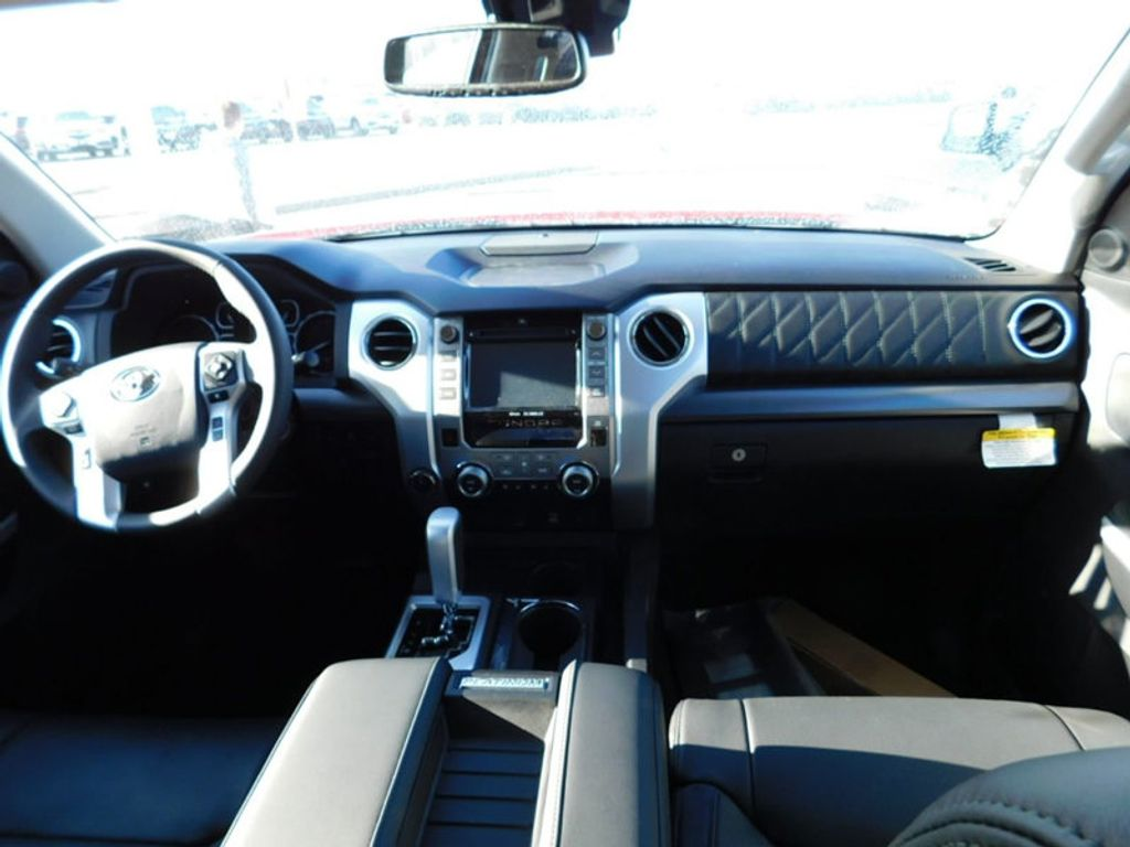 2018 Toyota Tundra 4WD Platinum CrewMax 5.5' Bed 5.7L FFV - 17435247 - 10