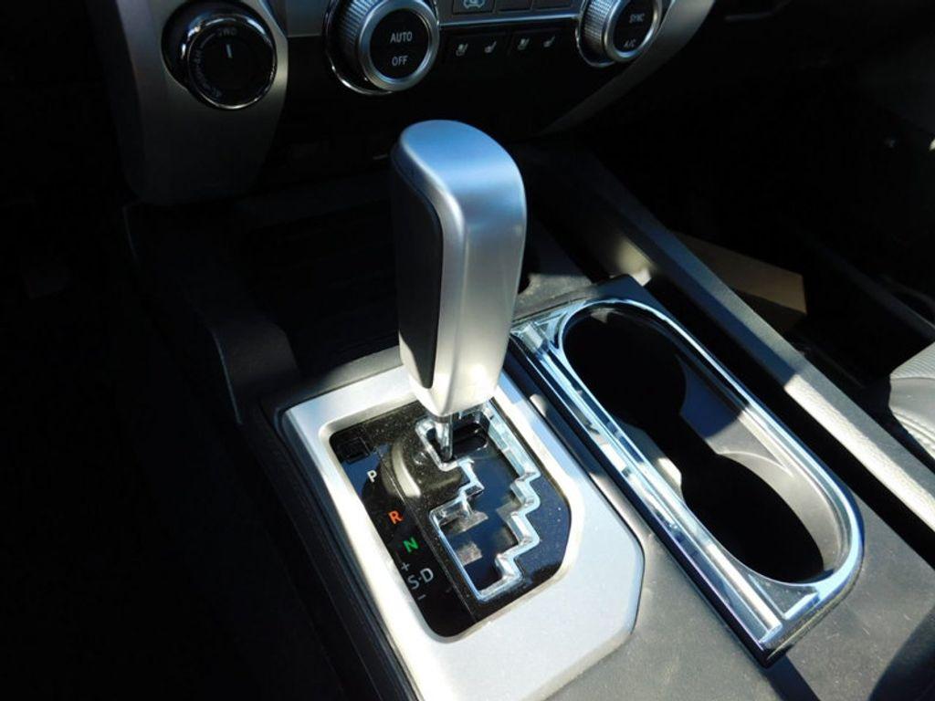 2018 Toyota Tundra 4WD Platinum CrewMax 5.5' Bed 5.7L FFV - 17435247 - 19