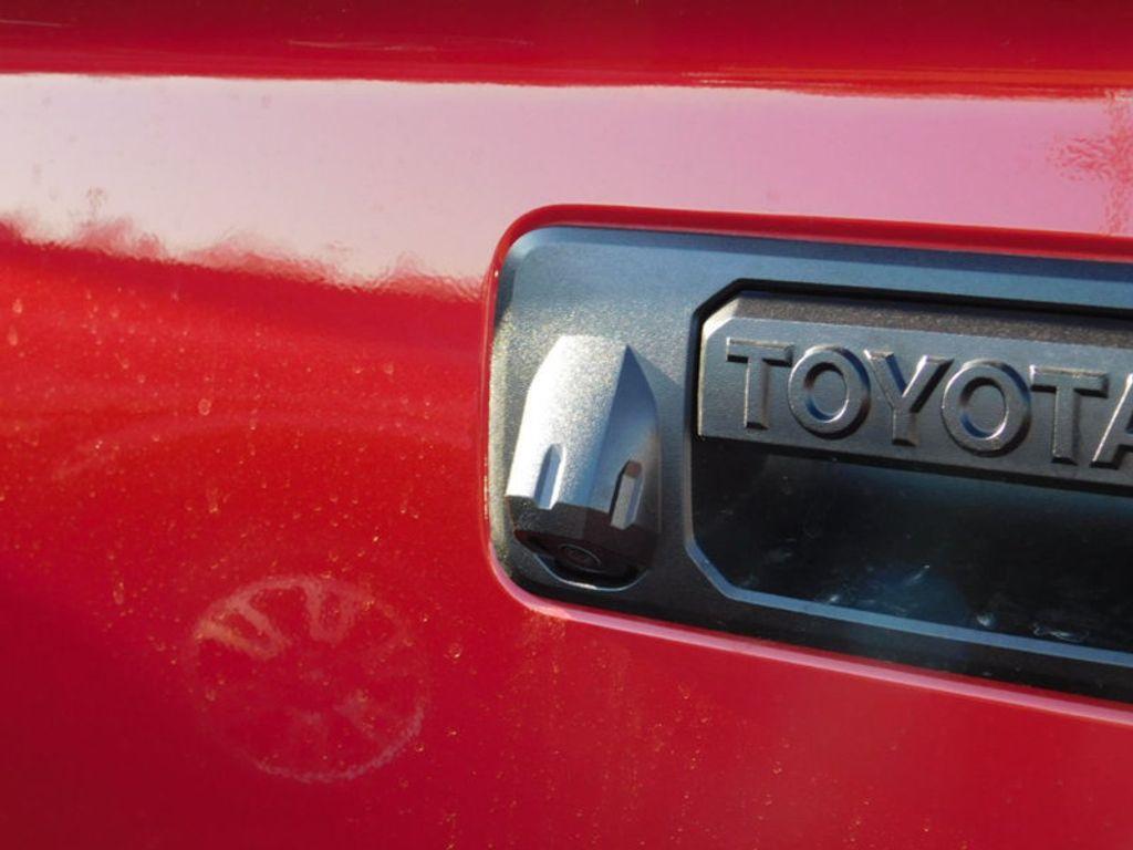 2018 Toyota Tundra 4WD Platinum CrewMax 5.5' Bed 5.7L FFV - 17435247 - 4