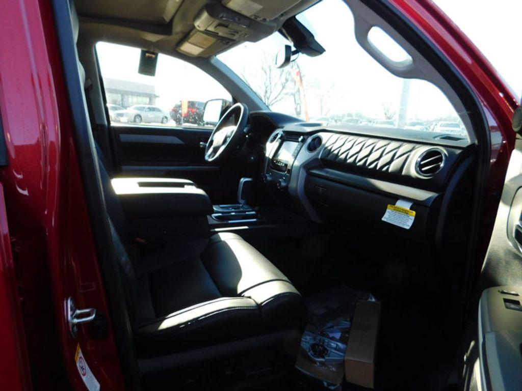 2018 Toyota Tundra 4WD Platinum CrewMax 5.5' Bed 5.7L FFV - 17435247 - 8