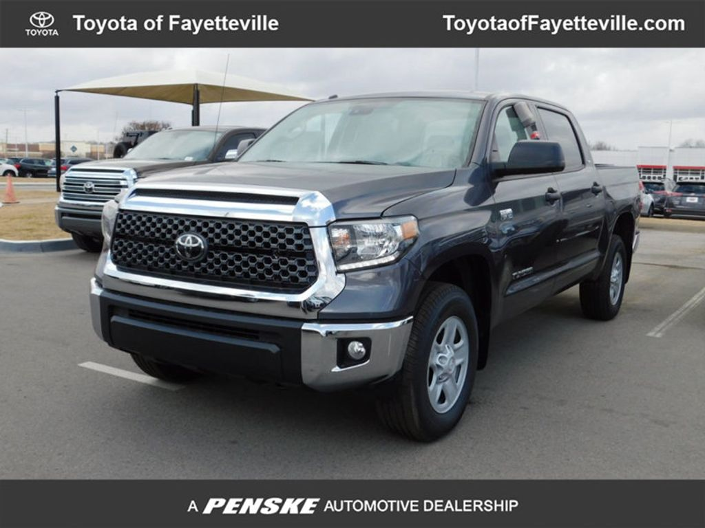 Dealer Video - 2018 Toyota Tundra 4WD SR5 CrewMax 5.5' Bed 5.7L FFV - 17221444