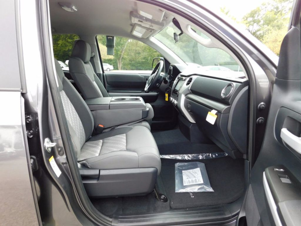 2018 Toyota Tundra 4WD SR5 Double Cab 6.5' Bed 5.7L FFV - 16816691 - 10