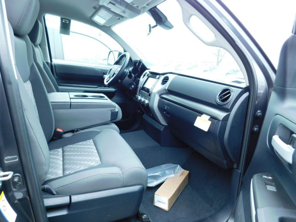 2018 Toyota Tundra 4WD SR5 Double Cab 6.5' Bed 5.7L FFV - 17278049 - 10