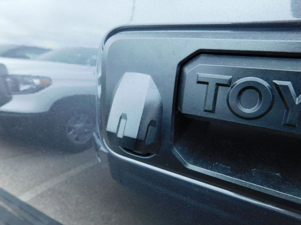 2018 Toyota Tundra 4WD SR5 Double Cab 6.5' Bed 5.7L FFV - 17278049 - 4