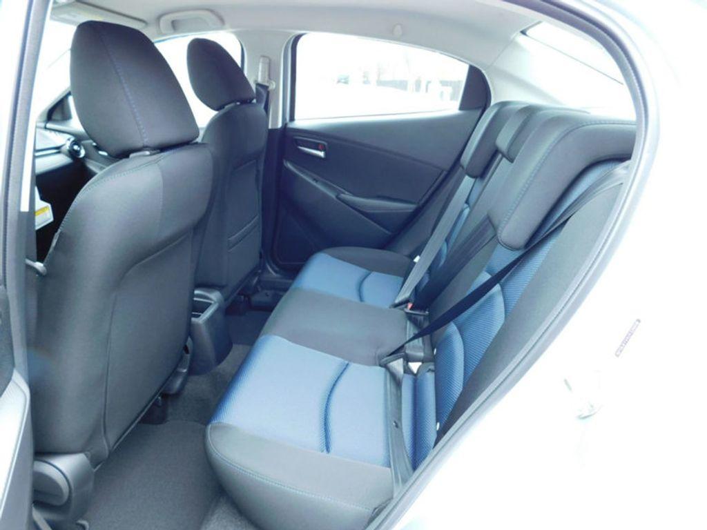 2018 Toyota Yaris iA Automatic - 17404774 - 10
