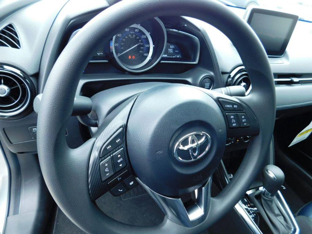 2018 Toyota Yaris iA Automatic - 17404774 - 13