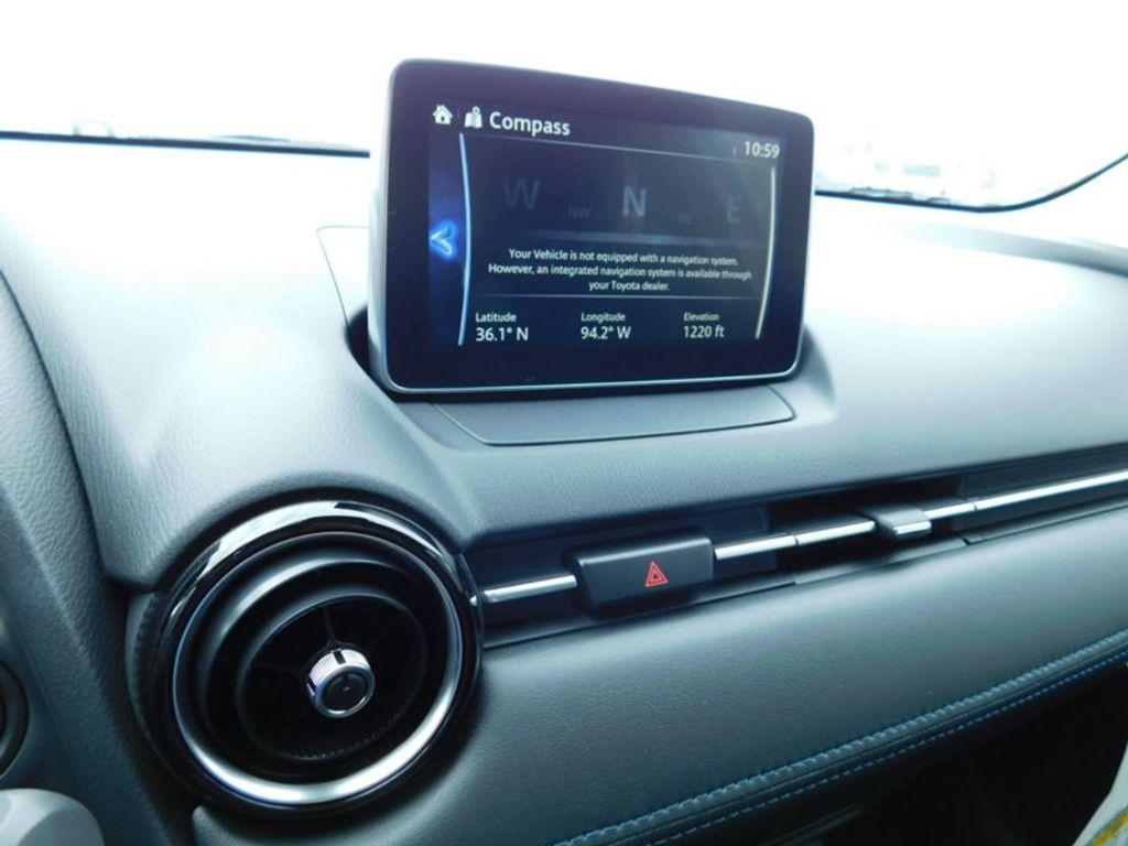 2018 Toyota Yaris iA Automatic - 17404774 - 16