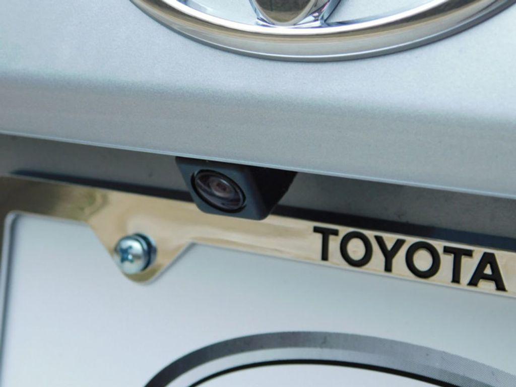 2018 Toyota Yaris iA Automatic - 17404774 - 5