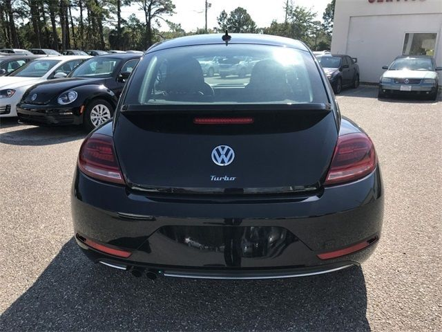 2018 Volkswagen Beetle Coast Automatic Coupe - 3VWFD7AT3JM704866 - 4