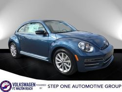 2018 Volkswagen Beetle - 3VWJD7AT1JM708537