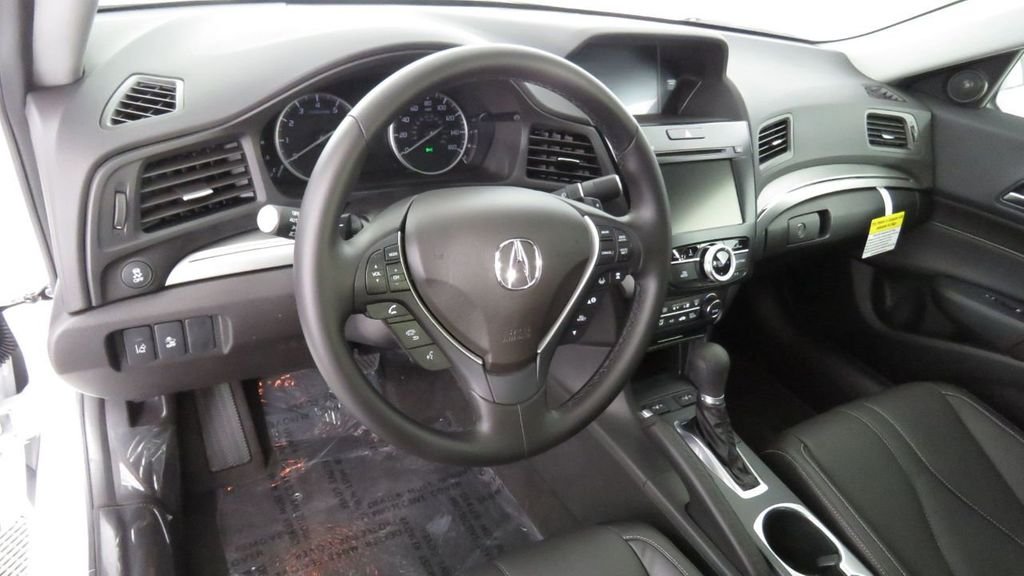 2019 Acura ILX Sedan w/Technology Pkg - 18598733 - 8