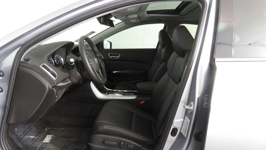 2019 Acura TLX FWD V6 - 18106404 - 21