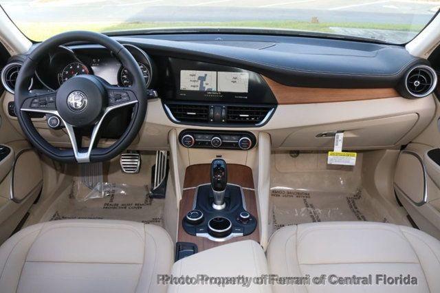 2019 Alfa Romeo Giulia  - 18369596 - 23
