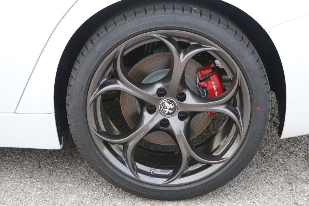 2019 Alfa Romeo Giulia  - 18578676 - 14
