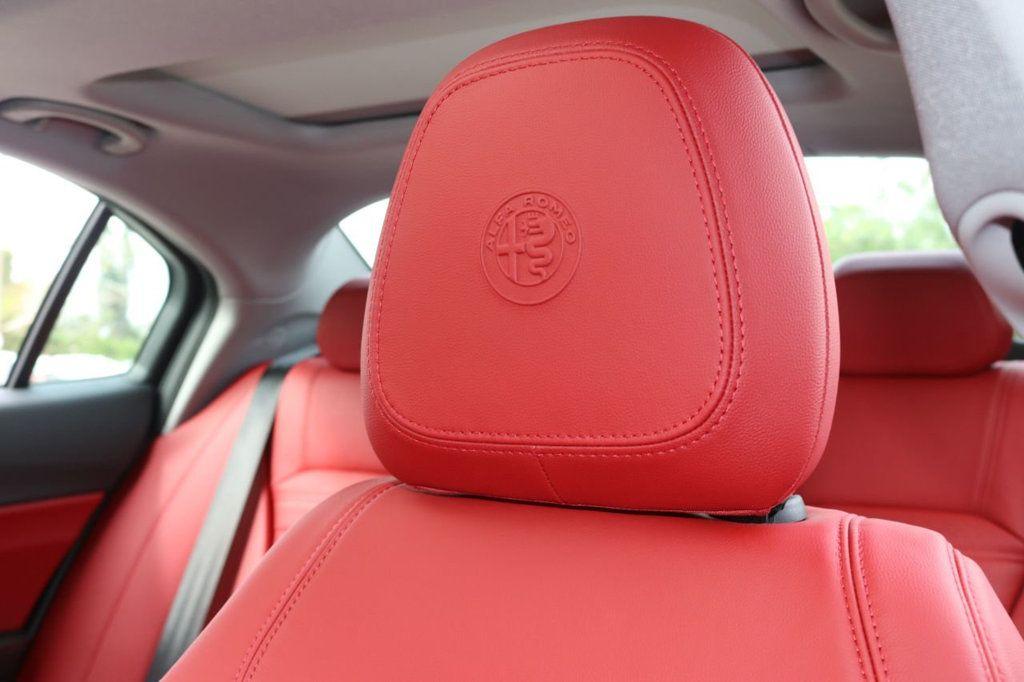 2019 Alfa Romeo Giulia  - 18578676 - 18