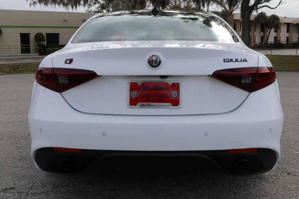 2019 Alfa Romeo Giulia  - 18578676 - 6