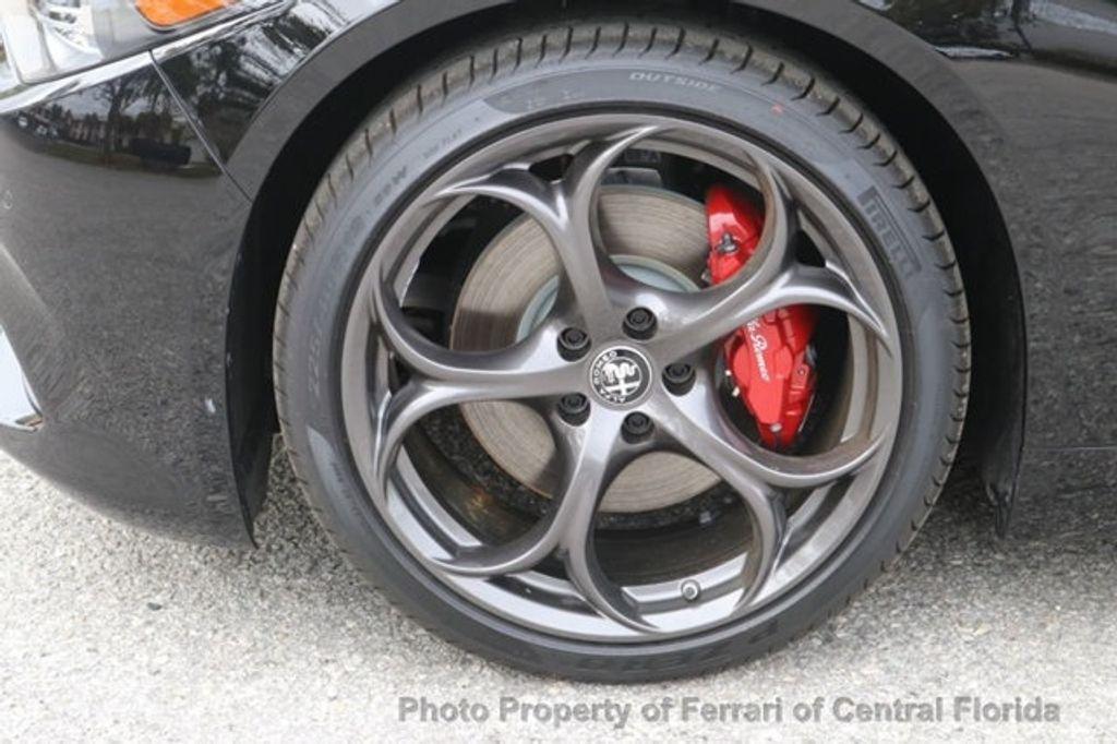 2019 Alfa Romeo Giulia  - 18578678 - 13