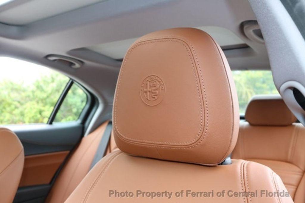 2019 Alfa Romeo Giulia  - 18578678 - 18
