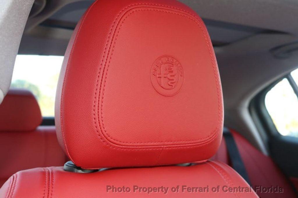 2019 Alfa Romeo Giulia  - 18626395 - 28