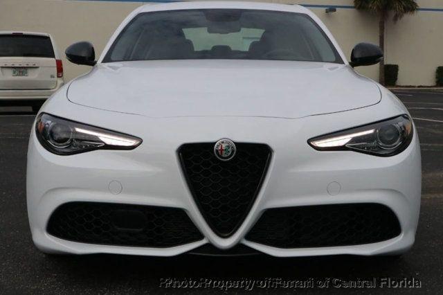2019 Alfa Romeo Giulia RWD - 18232278 - 11