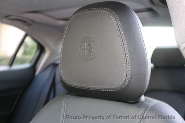 2019 Alfa Romeo Giulia RWD - 18369520 - 15